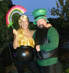 Halloweens couples costume....leprechaun and his pot o' gold! ~ My BFF is so creative!