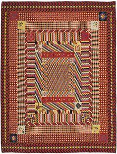 Meg Cox at the War and Pieced Exhibition at the American Folk Art Museum. Antique Quilts, Vintage Quilts, Textile Patterns, Textile Art, Geometric Quilt, The Quilt Show, Medallion Quilt, Colonial, Antique Tools