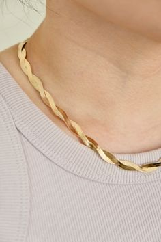 18K Gold Filled Twisted Herringbone Necklace Stacked Necklaces, Herringbone Necklace, Gold Filled Jewelry, Writing Tips, Gold Chains, Gifts For Friends, 18k Gold, Gold Necklace, Book
