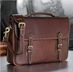 Tusting Messenger Brief. - A men's leather briefcase and messenger bag from England.