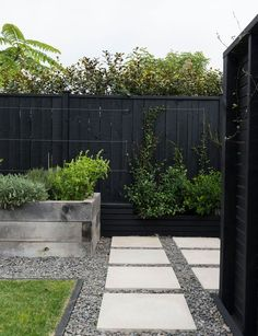 A steep garden is an entertainer's dream thanks to clever landscaping landscape plans, garden landscaping Steep Gardens, Back Gardens, Outdoor Gardens, Outdoor Life, Small Backyard Landscaping, Modern Landscaping, Landscaping Ideas, Landscaping Software, Landscaping Contractors