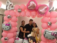 BEST balloon decoration for birthday party in singapore! Profession team of balloonist that add colors to your party with dazzling design!  Visit us now for more details!