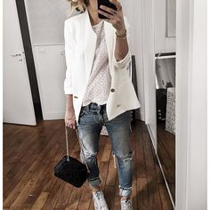 ⚪️ • Jacket from @cozettelille • Top #roseanna (from @vestiaireco) • Jean #levis (old) • Sneakers #goldengoose • Bag #sezane (from @Sezane) ...
