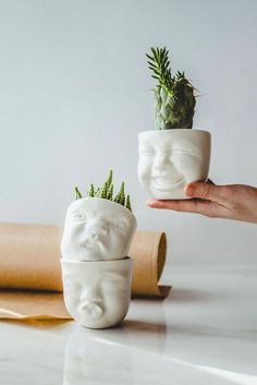 Modern pottery white porcelain decorative succulent planter set of 3 - ceramic head face sculpture pots for small indoor plants - cute and funny gift handmade by SIND STUDIO Face Planters, Diy Planters, Ceramic Planters, Succulent Pots, Plant Pots, Hanging Succulents, Small Indoor Plants, Decorating Small Spaces, Studio