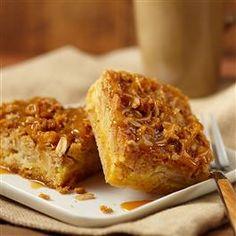 Gooey Caramel Apple Squares