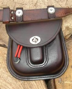Click this image to show the full-size version. Leather Belt Bag, Leather Tooling, Tan Leather, Belt Pouch, Belt Bags, Hip Bag, Mk Bags, Canvas Leather, Leather Craft