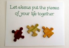 Use puzzle pieces to put together an affordable and fun gift of palanca/agape appropriate for either a men's or women's weekend. Bible School Crafts, Sunday School Crafts, Bible Crafts, Puzzle Piece Crafts, Puzzle Pieces, Retreat Gifts, Women's Retreat, Retreat Ideas, Christian Crafts