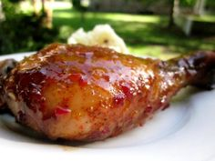 Sticky Chicken Drumsticks Recipe on Yummly Sweet Chili Chicken, Thai Sweet Chili Sauce, Sticky Chicken, Baked Chicken, Chicken Quarter Recipes, Chicken Leg Recipes, Chicken Drumstick Recipes, Duck Recipes, Asian Recipes