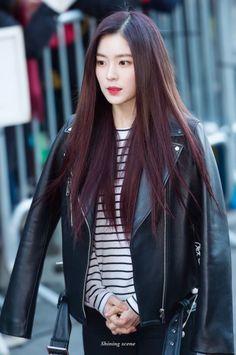 170224 - Red Velvet Irene on the way to Music Bank (cr. Seulgi, Kpop Fashion, Fashion Outfits, Womens Fashion, Kpop Girl Groups, Kpop Girls, Redvelvet Kpop, Brave Girl, Red Velvet Irene
