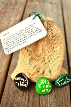 DIY message stones... leave for strangers on sidewalks, benches.. or give to a friend.  Love the idea of leaving these in random places for strangers to find - wouldn't you love to find something like this?