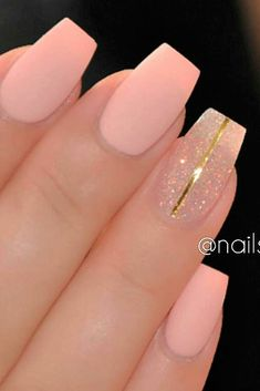 nail art: #matt light pink, silver glitter and golden deko