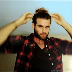 Brock O'hurn's Man-Bun. I've never seen a Mun in the making...it is a beautiful thing to behold O_O <3
