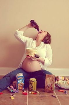 Top Ten Best Maternity Photos - These people are amazingly creative and some are hilarious!