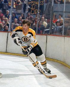 Bobby Orr - Hockey Player - back when I was a Bruins fan Hockey Shot, Hockey Goalie, Hockey Teams, Hockey Stuff, Montreal Canadiens, Taekwondo, Motogp, Ufc, Snowboard