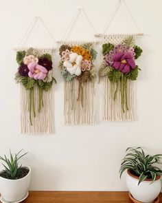 Floral Bouquet Wall Hanging statement piece girl nursery decor macrame flower art pink boho tapestry gift for women forever flowers Boho Tapestry, Tapestry Weaving, Loom Weaving, Tapestry Wall, Weaving Projects, Macrame Projects, Weaving Wall Hanging, Wall Hangings, Nursery Decor