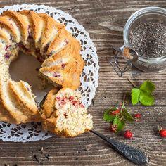 🍴Tvarohová bábovka recept – rychle, zdravě a jednoduše 🍴 Jimezdrave.cz Healthy Cake, Rubrics, Bagel, Healthy Eating, Yummy Food, Bread, Sweet, Recipes, Být Fit