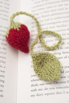 strawberry bookmark by Cara Donovan via ravelry