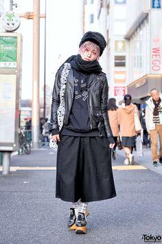 all black. everything about this is GREAT ... Uri | 21 February 2016 | #Fashion #Harajuku (原宿) #Shibuya (渋谷) #Tokyo (東京) #Japan (日本)