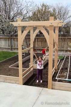awesome 62 Affordable Backyard Vegetable Garden Designs Ideas #vegetablegardeningdesign