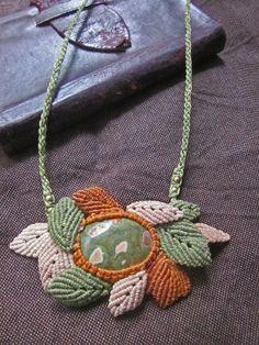 Rainforest jasper macrame leaves necklace