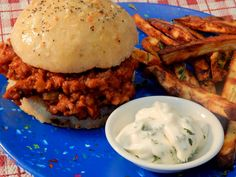 Sloppy Joes for a Crowd Slow Cooker Ground Beef, Crock Pot Slow Cooker, Ground Beef Recipes, Slow Cooker Recipes, Crockpot Recipes, Best Sloppy Joe Recipe, Sloppy Joes Recipe, Foods To Eat, Us Foods