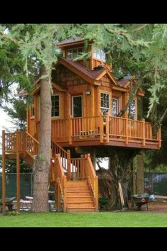 I seriously want a tree house! Every time I watch Tree House Masters I dream of having a tree house and possibly living in it full time, I'm a geek I know lol