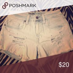 Mossimo high wasted shorts never worn. Brand new without tag. Mossimo Supply Co Shorts Jean Shorts