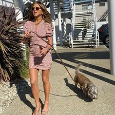 Jennifer Aniston shows off her gorgeous gams as she brings her dog Clyde to work for the day Jennifer Aniston Style, Floral Frocks, White Tank, Celebrity Style, Muse, Dresses With Sleeves, Sleeve Dresses, Celebs, Street Style