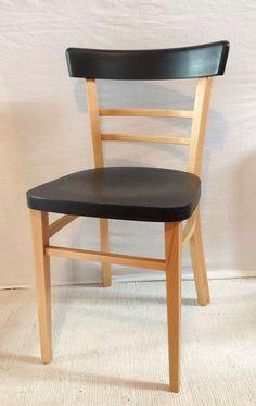 idée relooking chaise, peinture noire mat