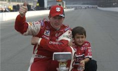Little Chase Elliott with his dad Bill.