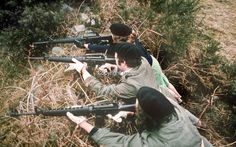 Provisional IRA border unit on manoeuvres in Co Fermanagh, N Ireland, February The men and women volunteers are seen using Armalite rifles. Military Art, Military History, Northern Ireland Troubles, Irish Republican Army, Erin Go Bragh, Irish Celtic, Irish Eyes, Belfast, Book Publishing