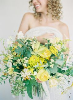 Fun yellow bouquet: http://www.stylemepretty.com/california-weddings/2015/03/17/rustic-grecian-bridal-inspiration/ | Photography: Jen Huang - https://jenhuangblog.com/
