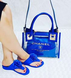 Available on offers. We do shipping worldwide. Chanel Sandals, Chanel Shoes, Chanel Chanel, Cute Sandals, Cute Shoes, Sexy Sandals, Pretty Shoes, Channel Purse, Lv Boots