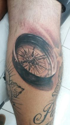 Tatuagem de bússula by buzuca