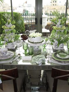 Table setting for St Patrick's Day