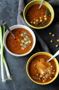 Vegan Winter Detox Lentil and Chickpea Soup // It's always a good idea to give your body a well-deserved detox. What better way to do that in the Winter than a healthy, comforting bowl of soup?   The Green Loot #vegan #cleaneating #weightloss