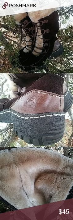 MARKDOWN❄Bare Traps suede boots ✔GREAT CONDITION Bare Traps genuine suede winter boots- in very good condition - minimal wear -  some minors scuffs -True to size - side zipper - linned - As shown.  Great boots ✔  ❄PERFECT FOR THIS SEASON See my closet gifts availability Offers ➡trough offer link only please   MARKDOWN estim value/new  $120  ONLY 3 DAYS  FAST SHIPPING ➡ conveniently packed in a standart shipping box -original box not include   FIND ME AT POSHMARK @ fashionlulys…