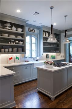 Cabinet Color, Counters, Lights, Finishes