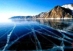 Озеро Байкал - лед