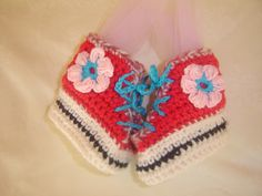 Baby Girl Booties by VoulaCrochet on Etsy