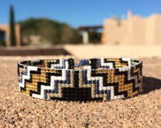 Jemez perle bleu métier à tisser Bracelet Boho par PuebloAndCo