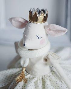 Hello Friday! ♡ #dollmakers #toysforkids #nurserydecor #deerfoll #handmadedoll #agoodstart
