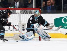San Jose Sharks goaltender Alex Stalock keeps his eyes on the puck (Nov. 7, 2013).