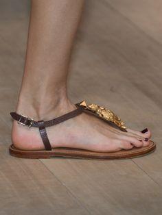 Sandales Valentino, été 2014