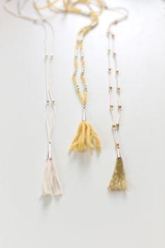 DIY Tassel Necklace. Super easy. Super stylish. Super cool Christmas gift.