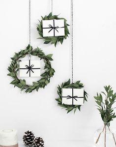 El otro día ya os comenté que poco a poco iba a compartir con todos vosotr@s diy y decoración para Navidad . (Sin saturar, espero, que l...