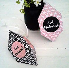 Wow, Subhan& Ramadan year is nearly over. You know what that means EID yay. Even though I love Ramadan, and I can. Eid Moubarak, Eid Ramadan, Ramadan Celebration, Ramadan Mubarak, Eid Crafts, Ramadan Crafts, Ramadan Decorations, Eid Banner, Eid Mubarak Banner