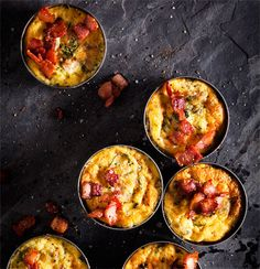 Baked tuna-and-egg savoury tarts Canned Salmon Recipes, Seafood Recipes, Tart Recipes, Cooking Recipes, New Recipes For Dinner, Dinner Ideas, Tuna And Egg, Savoury Tarts, Banting Recipes