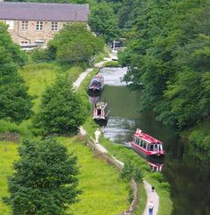 Nothing says romance than a night on the canal moored up on a screwdriver! Memories....