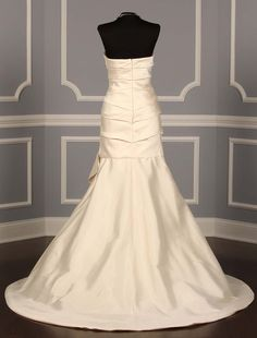 Oscar de la Renta Discount Designer Wedding Dresses